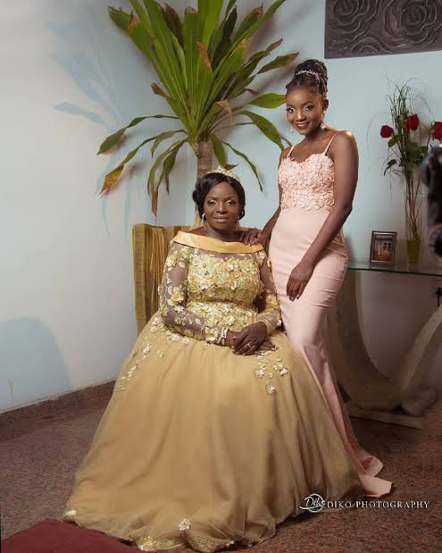 Simi and her mother