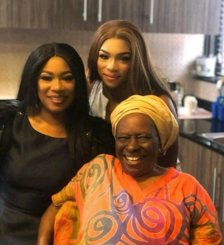 Regina Askia, Her Mother And Daughter Pose For Lovely Three-Generation Photo
