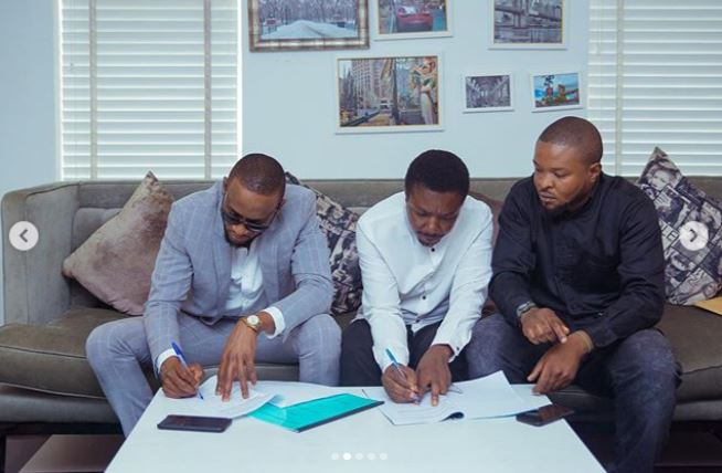 Omashola Kola Oburoh signs new endorsement deal