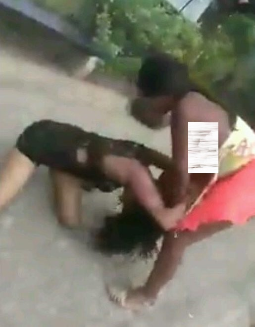 Two women fighting over a man in Lagos state