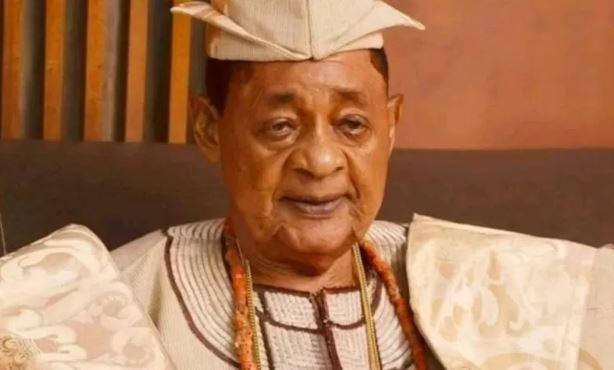 Alaafin of Oyo, Lamidi Adeyemi
