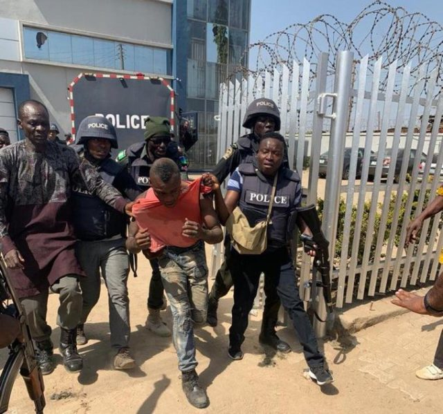 One of the armed robbers arrested today trying to rob First Bank in Abuja