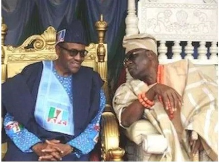 [Image: Buhari%20and%20Oba.JPG]