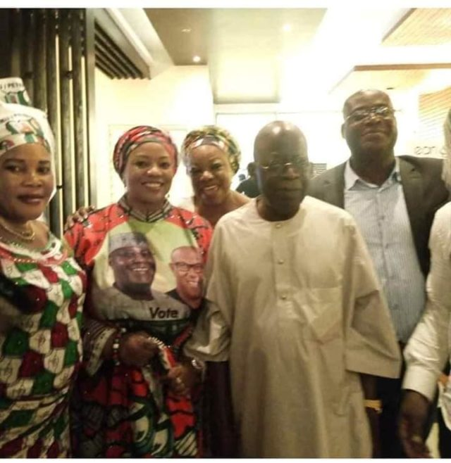 Tinubu Poses With PDP Members In Lagos, After Throwing Away APC Flag During Ogun Rally