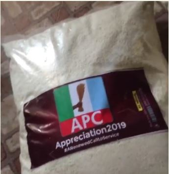APC Campaigns With Garri In Lagos State
