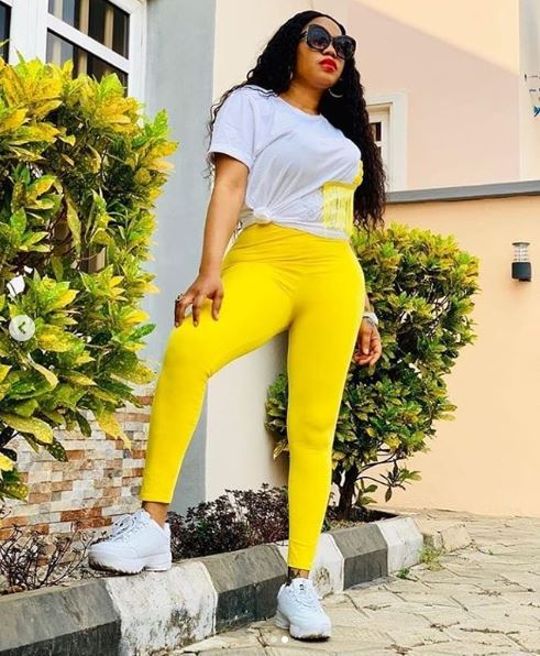 Toyin Lawani Flaunts Her Backside