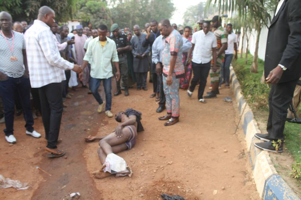 Shock As Painter Stabs Another Man With Knife In Front Of Radio Station In Abuja (Photos)