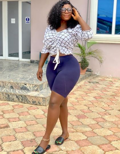 The Moment Bootylicious Actress Destiny Etiko Was Carried By Her Colleague (Photos)
