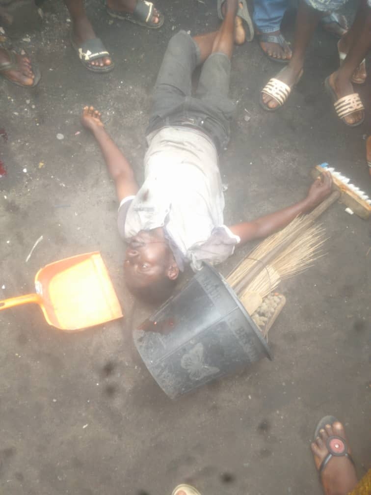 Image result for SARS allegedly shoots Cleaner in Lagos