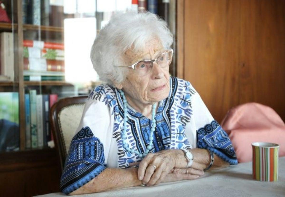 Meet 100-year-old Great-grandmother Joins Politics (Photos)