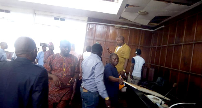 Snake enters Complex During Plenary:Drama As Ondo House Of Assembly Members Flee