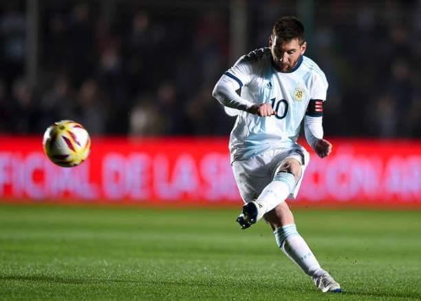[Image: Lionel-Messi-argentina.jpg]