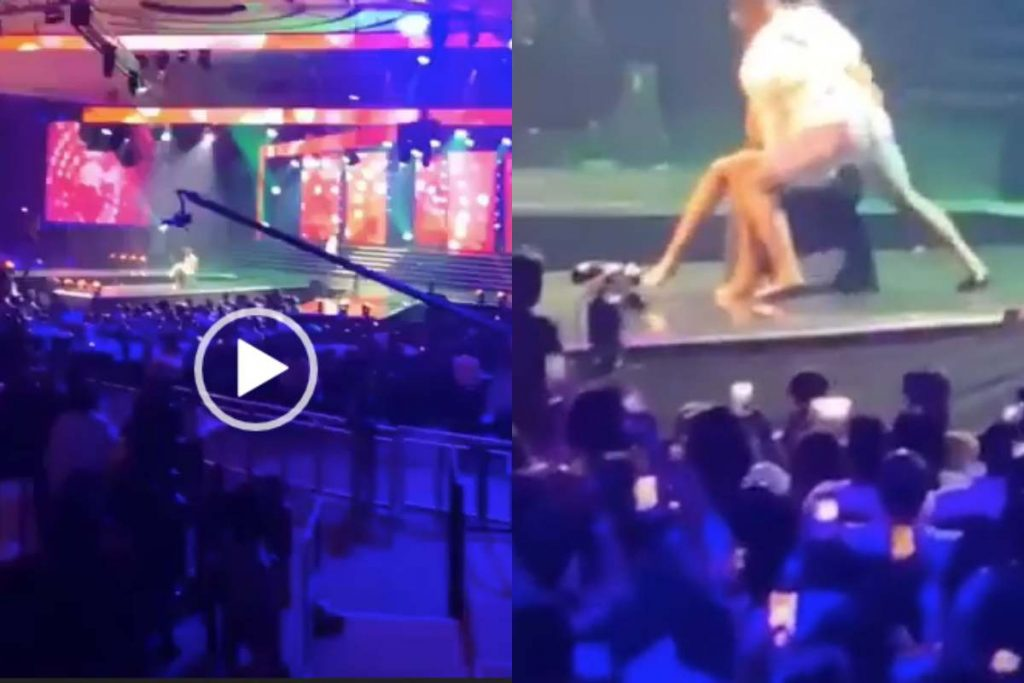 Moment Falz Yanked Off His Trouser To Dance With Lady On Stage (Video)