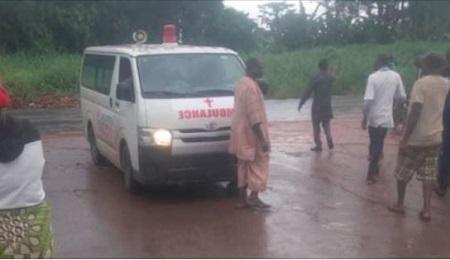Doctors kidnapped, Policemen Shot As Gunmen Hijack Ambulance In Ondo
