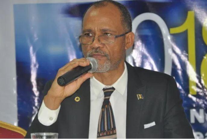 Prof. Akin Abayomi