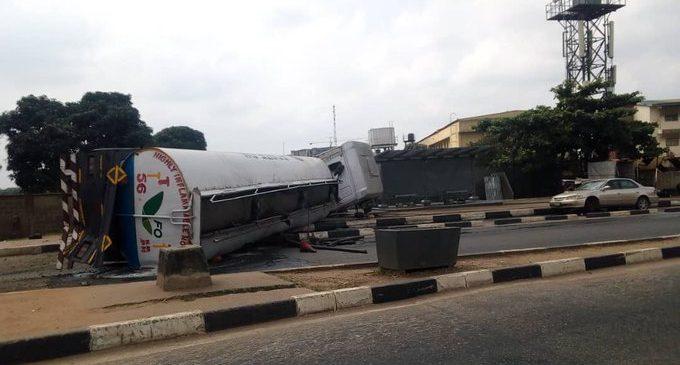 Tanker falls in Lagos