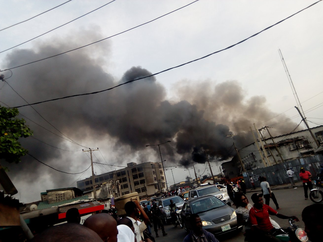 Akerele Mall on fire