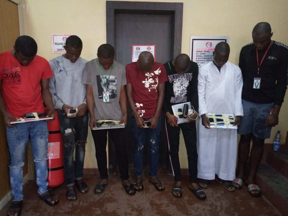 university students arrested for fraud