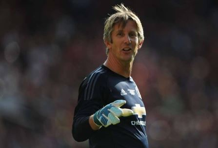 Van Der Sar Set For Manchester United Return