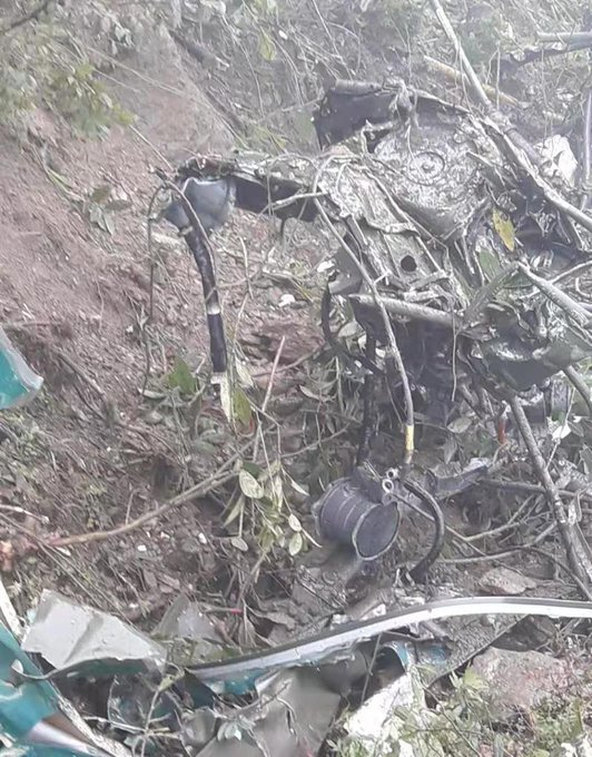 army helicopter crashes