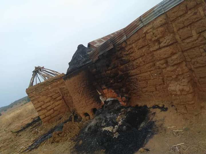 Suspected herdsmen burnt the community leaving many dead