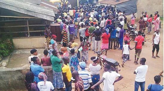 Ogun residents protesting lockdown