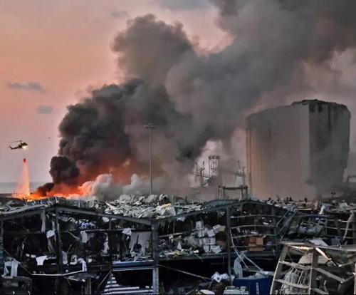 Lebanon blast killed at least 100 persons