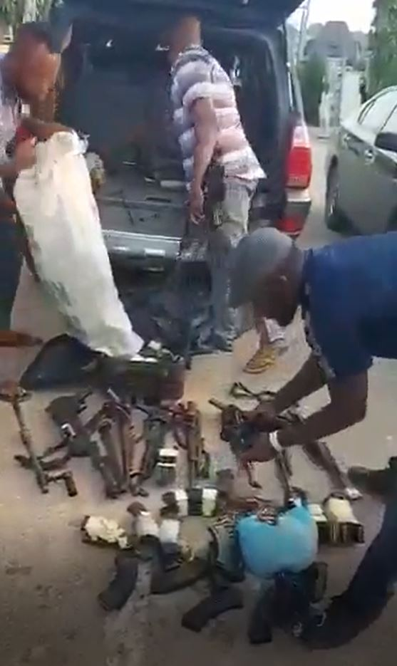 The weapons recovered from an armed robber in Asaba