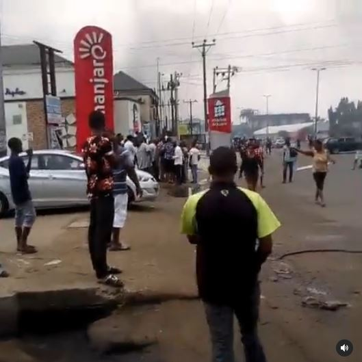 Commotion As Young Keke Napep Driver Is Allegedly Shot Dead By A Policeman Over 'N100' In Rivers (Video)