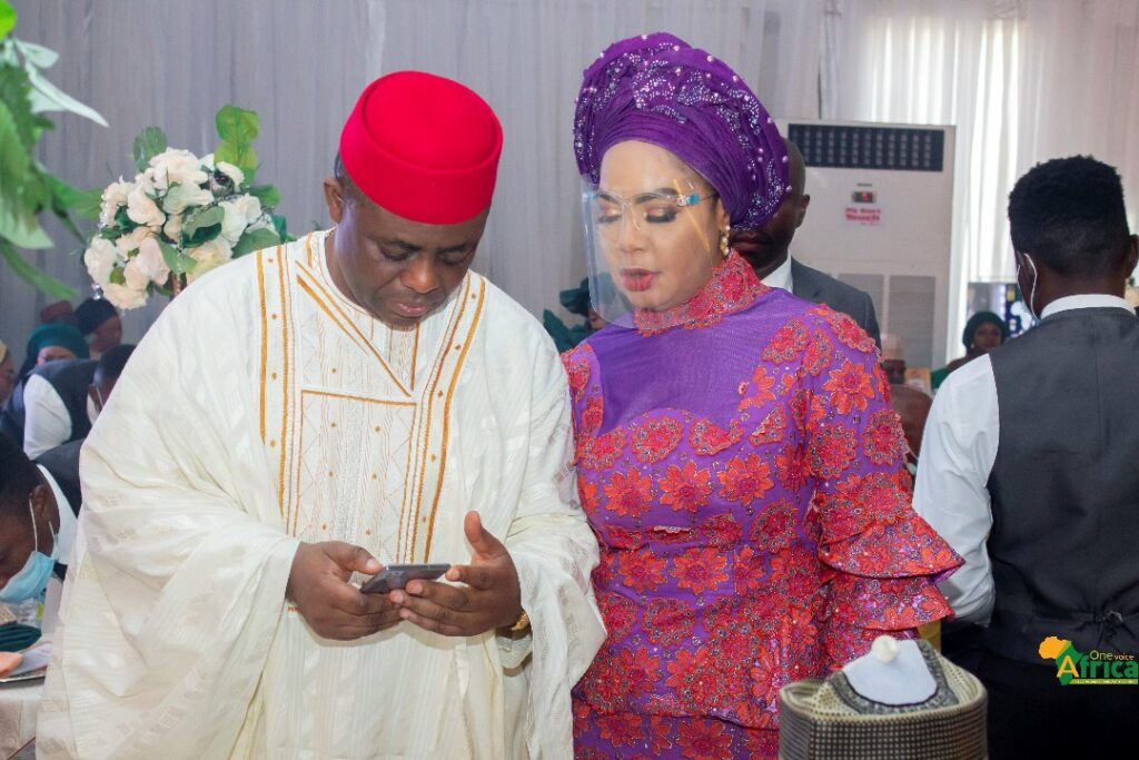 FFK caught in compromising position with a woman