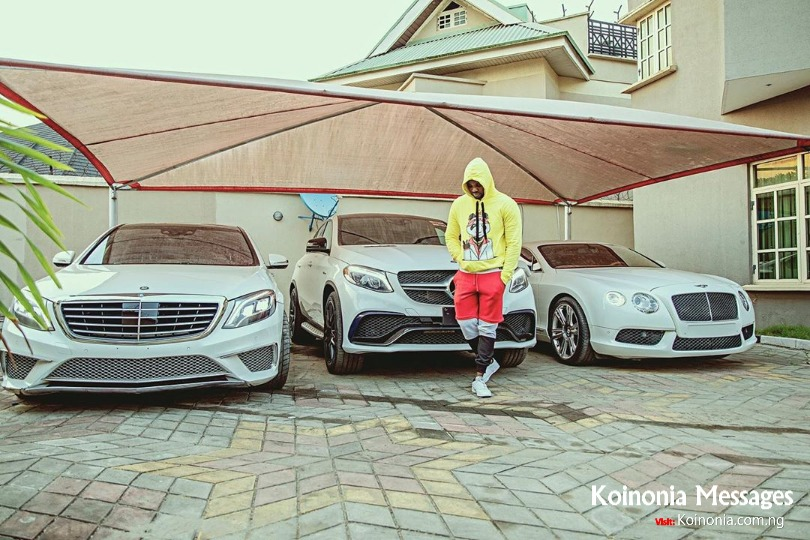 Kizz Daniel shows off his cars