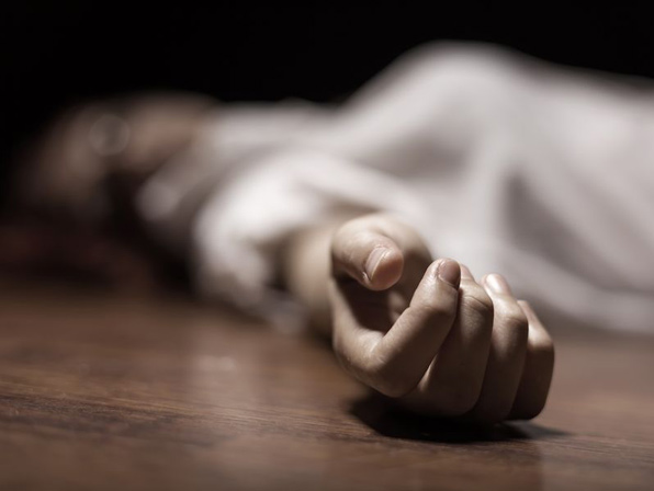 student commits suicide