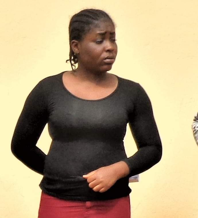 See The Yahoo Girl And 2 Yahoo Boys Sentenced To 7-Year-Jail Terms In Enugu (Photos)