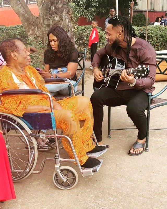 Highlife singer, Flavour N'abania