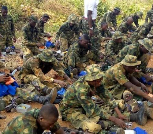 soldiers threaten to abandon post