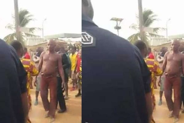 The robber set ablaze by an angry mob