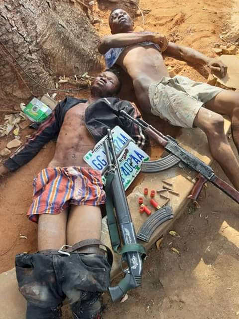 Armed robbers shot dead by police
