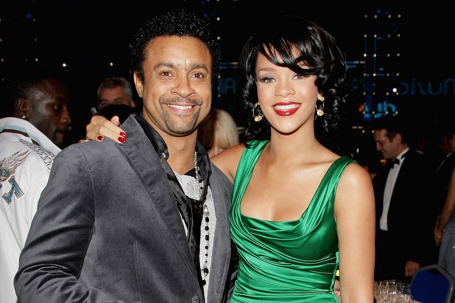 rihanna and shaggy