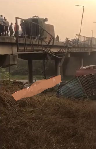 container falls in Ibadan