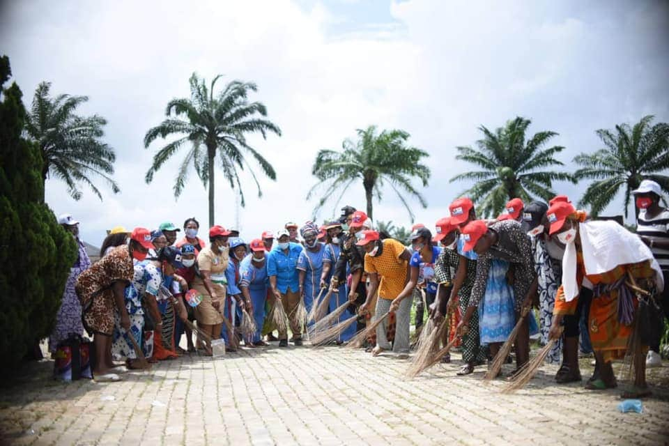 APC members sweeping PDP away from Edo with brooms
