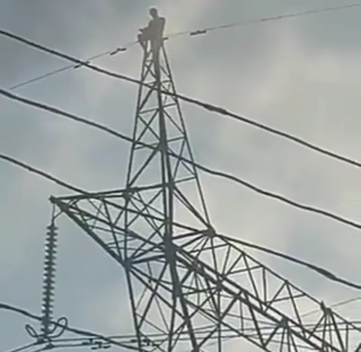 Pastor climbs high tension pole to commit suicide