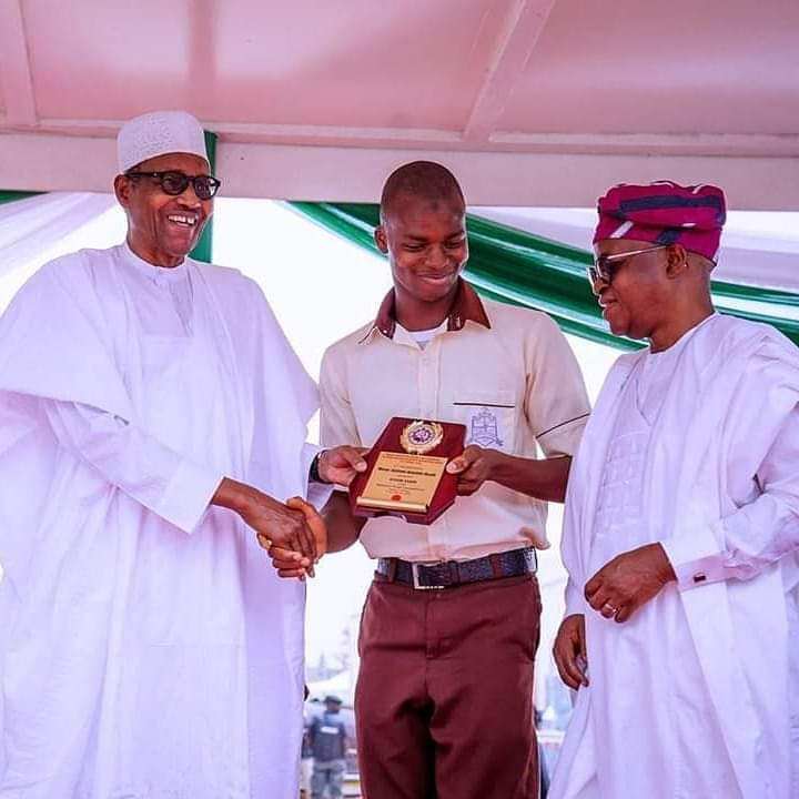 Master Akintade Abdullahi meets President Muhammadu Buhari