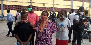 Miracle Kalu and her accomplice after they were caught