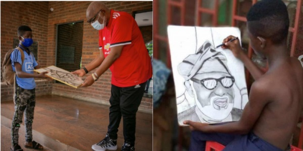 Akeredolu meets talented boy who drew his portrait