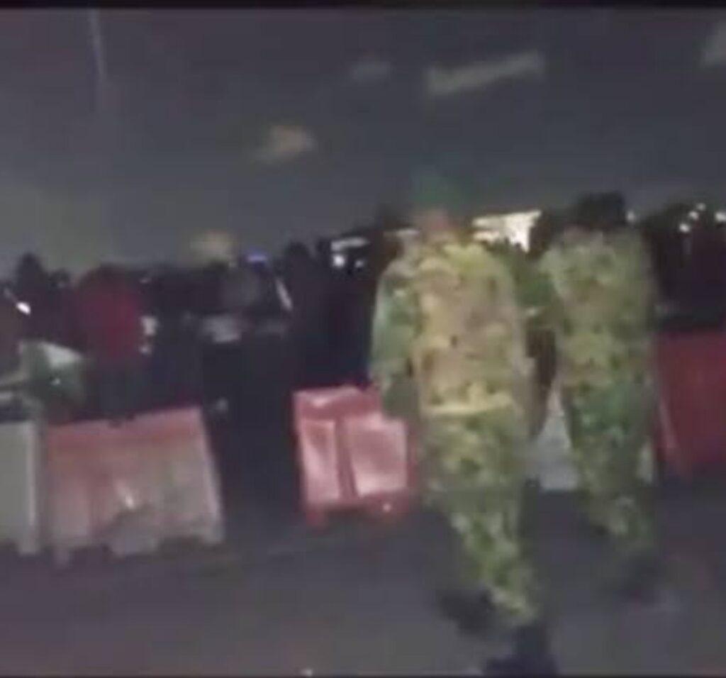 Soldiers at Lekki toll gate