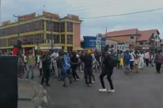 Protesters at Apple junction area of Lagos state