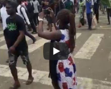 Lagos protesters defy curfew order