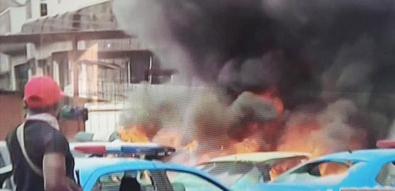 FRSC and VIO offices set on fire by hoodlums