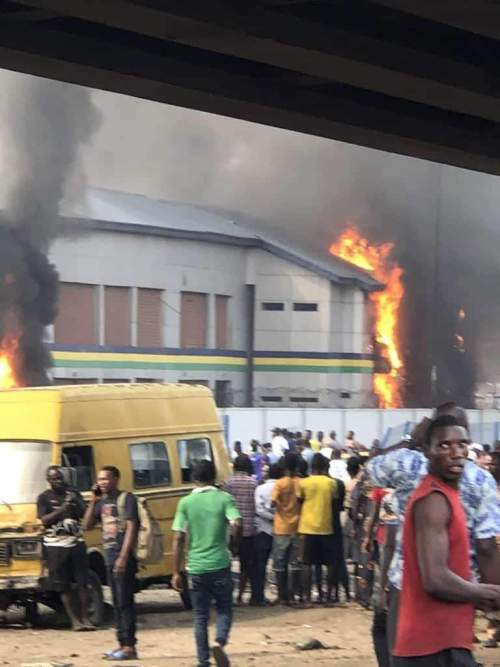 #EndSARS: Hoodlums Burn 4 Police Stations, Loot Ajeromi/Ifelodun LG Secretariat