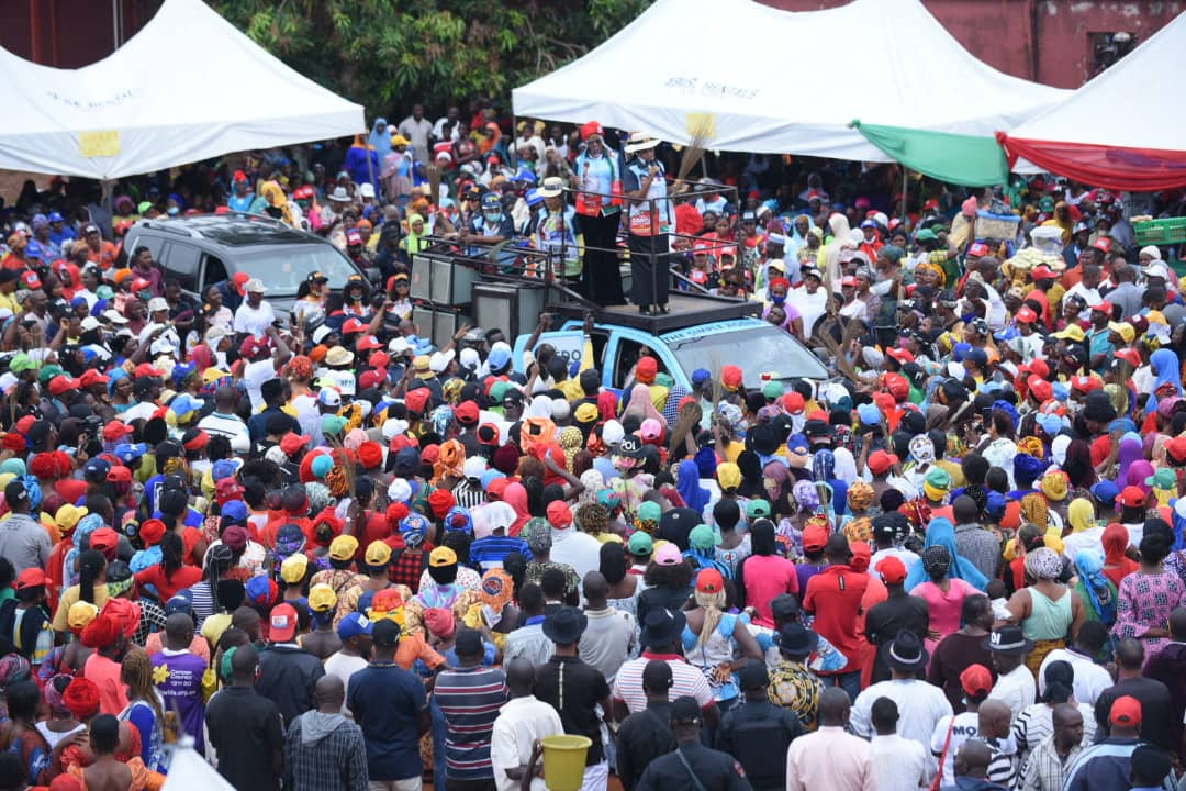 Massive crowd as Pastor's wife campaigns for her husband